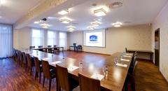 Sala konferencyjna na 60 osób, Osjaków, w obiekcie HOTEL SYMFONIA