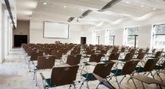 """Sala konferencyjna na 160 osób, Pogorzelica, w obiekcie Ośrodek Szkoleniowo - Wypoczynkowy """"BAŻYNA"""" w Pogorzelicy"""