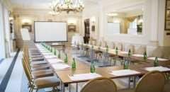 Pałac Tłokinia Restauracja Hotel