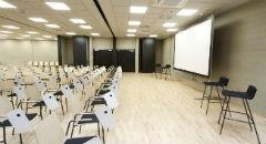 Sala konferencyjna na 90 osób, Toruń, w obiekcie Centrum Kulturalno-Kongresowe Jordanki